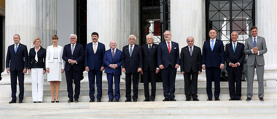 Παυλόπουλος: Οικονομική και προσφυγική κρίση απειλούν την Ευρωπαϊκή Ενοποίηση