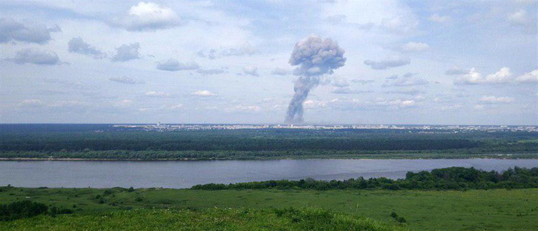 Eκρήξεις σε εργοστάσιο (εικόνες)