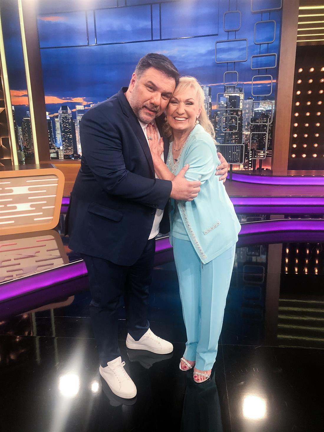 The 2Night Show - Γρηγόρης Αρναούτογλου - Σόφη Ζαννίνου