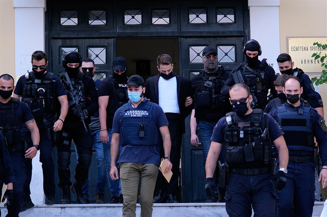AP - Μπάμπης Αναγνωστόπουλος - Δικαστήρια