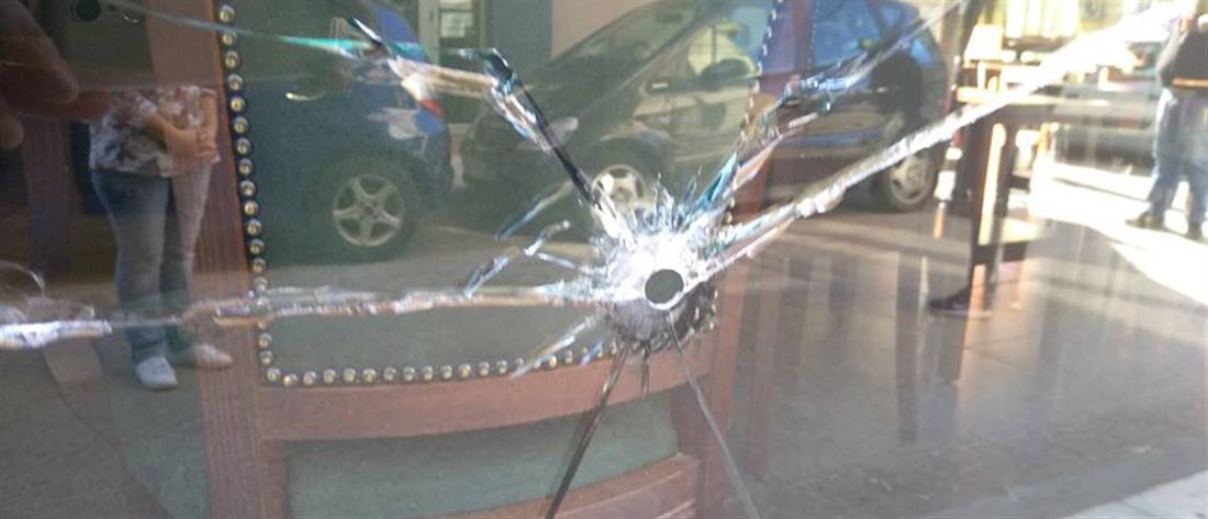 """""""Γάζωσαν"""" με σφαίρες ίντερνετ καφέ (εικόνες)"""