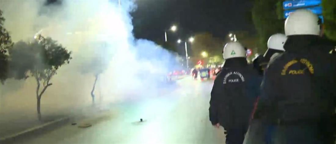 Θεσσαλονίκη: Συμπλοκές διαδηλωτών κατά του lockdown με αστυνομικούς