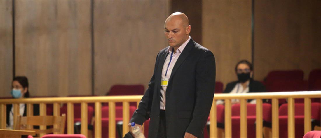 Δίκη Χρυσής Αυγής - Γερμενής: είμαι υπάλληλος του Λαγού με μισθό 525 ευρώ