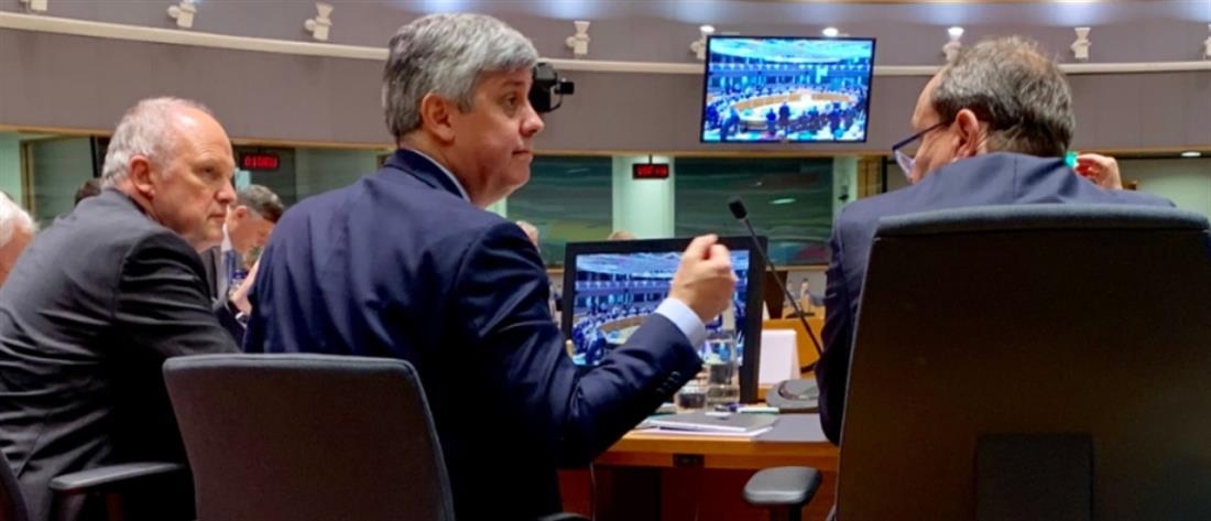 "Eurogroup: ""Φρένο"" για πλεονάσματα, ""παράθυρο"" για αφορολόγητο"