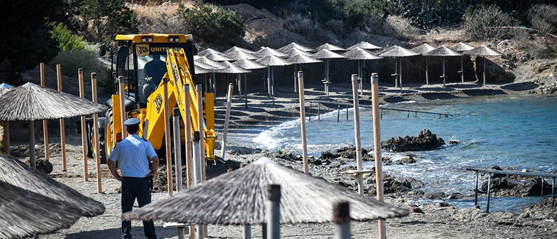 Κατεδαφίστηκαν αυθαίρετες εγκαταστάσεις στην παραλία της Αναβύσσου (εικόνες)