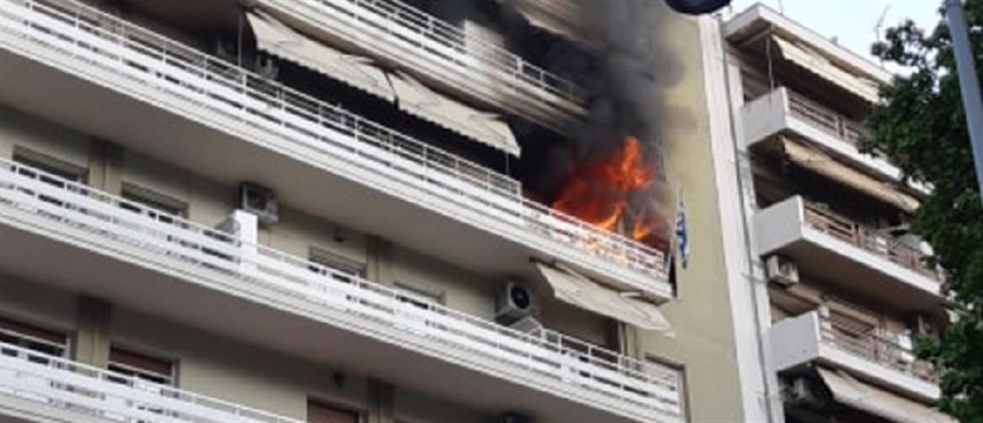 Τραγωδία με έναν νεκρό σε φλεγόμενο διαμέρισμα