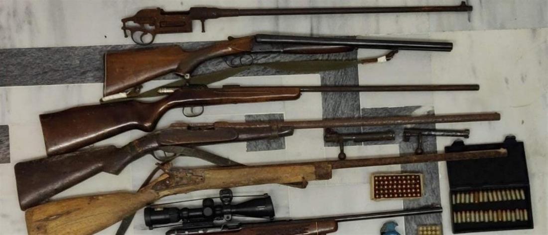 Ένα μικρό οπλοστάσιο βρέθηκε στην κατοχή 50χρονου (εικόνες)