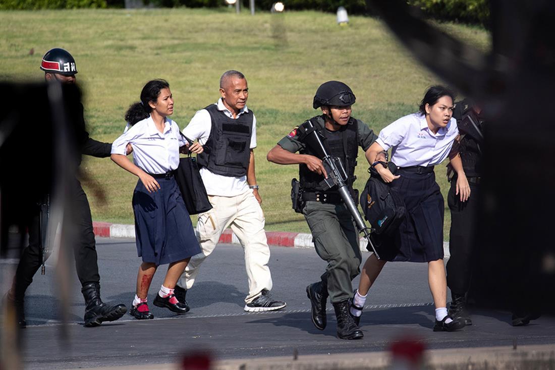 Ταϊλάνδη - στρατιωτικός - πυροβολισμοί