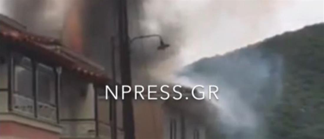Ναύπακτος-φωτιά σε σπίτι: Χτύπησε σε ηλιακό ο κεραυνός(ΒΙΝΤΕΟ)