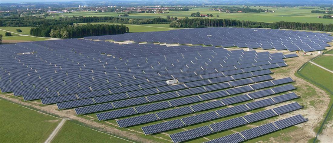 Ανατιμήσεις στο ρεύμα - Σκρέκας: Αύξηση στα φωτοβολταϊκά για μόνιμη μείωση κόστους