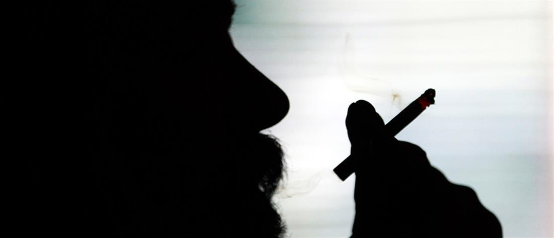Ναρκώνουν νέους με δηλητηριασμένα τσιγάρα και τους κλέβουν