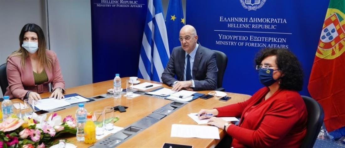 """Δένδιας: """"Μαστίγιο και καρότο"""" στην Τουρκία  - Τι είπε για το casus belli"""