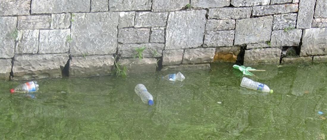 Εικόνες ντροπής από τη λίμνη Παμβώτιδα