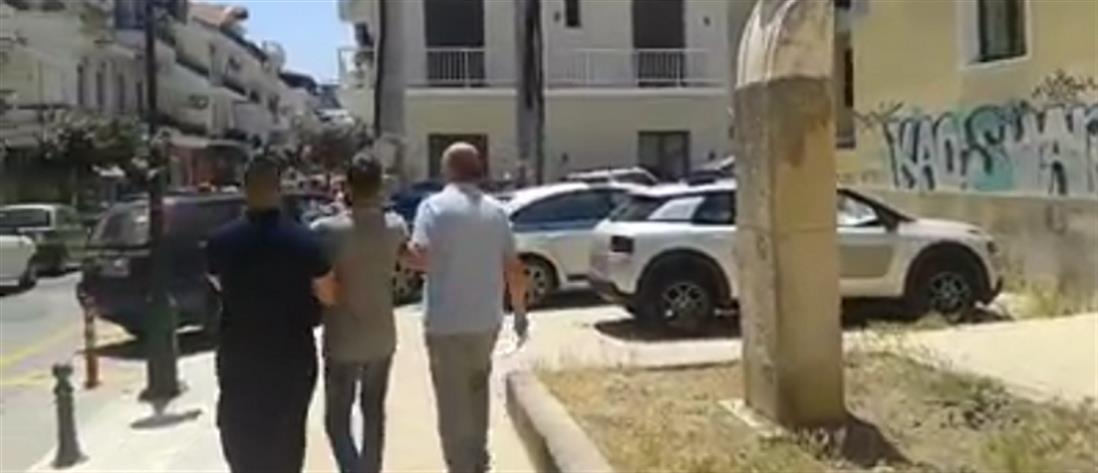 Απολογείται ο 26χρονος που σκότωσε τον πατέρα του στη Ζάκυνθο