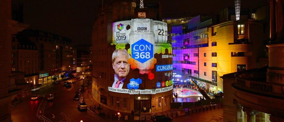 """""""Μίλησαν"""" οι κάλπες στη Βρετανία – Τι δείχνουν τα exit polls"""