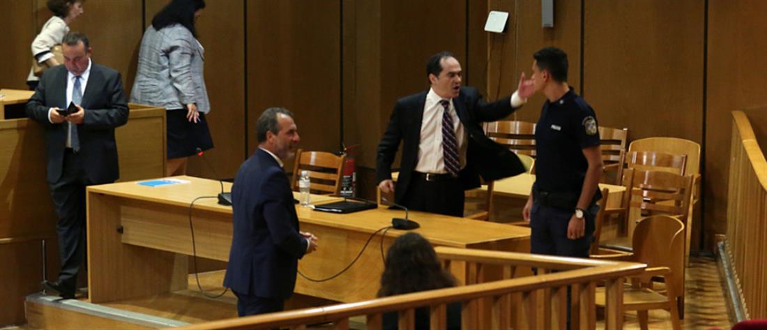 Δίκη Χρυσής Αυγής: ο Μίχος, ο Μιχαλολιάκος και οι κόντρες των συνηγόρων υπεράσπισης