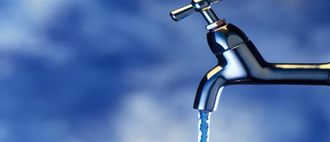 Φωτιά στη Βαρυμπόμπη: Έκτακτες διακοπές νερού από την ΕΥΔΑΠ