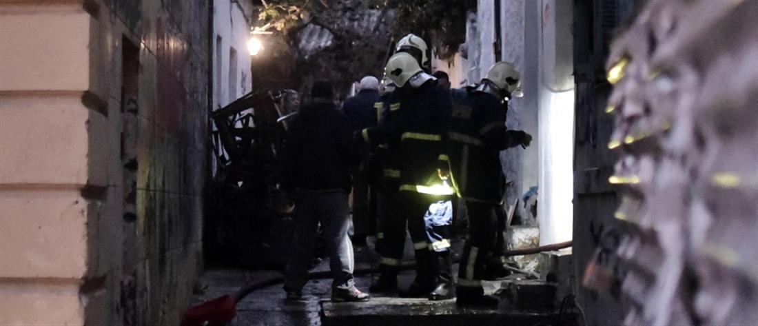 Πλατεία Κολιάτσου: Φωτιά σε διαμέρισμα