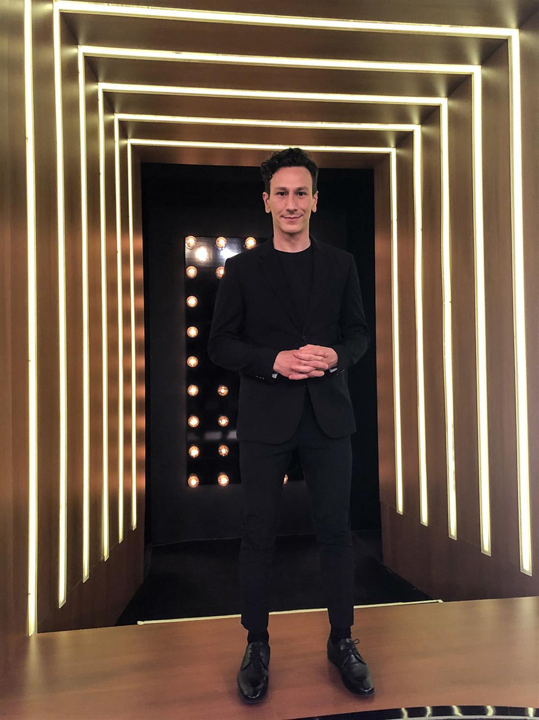 The 2Night Show - Γρηγόρης Αρναούτογλου - Μιχάλης Σαράντης