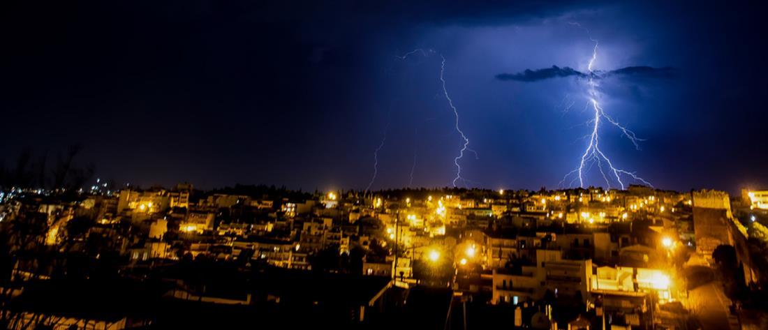 """""""Μπάλλος"""": Δύσκολη νύχτα στην Αττική - Πώς θα εξελιχθεί η κακοκαιρία (βίντεο)"""