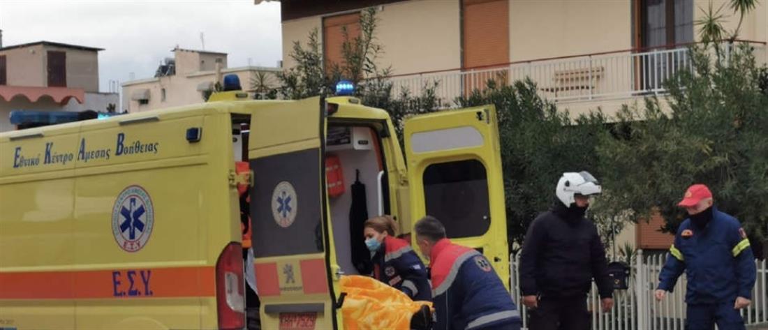 Λιποθύμησε οδηγός από φωτιά σε αυτοκίνητο εν κινήσει (ΦΩΤΟ)