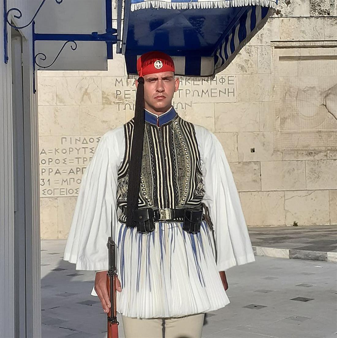 Προεδρική Φρουρά - Ανδρέας Χολέβας