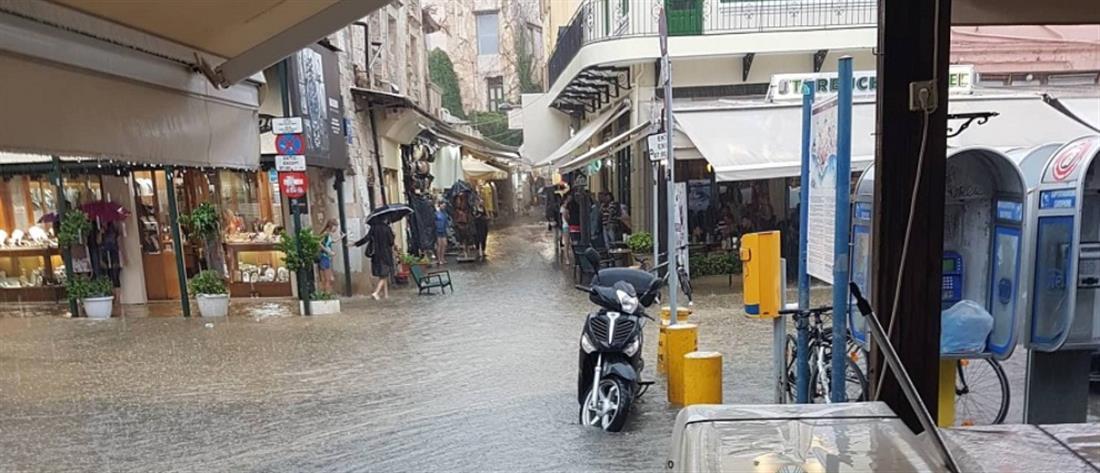 Πλημμύρες και κατολισθήσεις από την βροχή στα Χανιά (βίντεο)