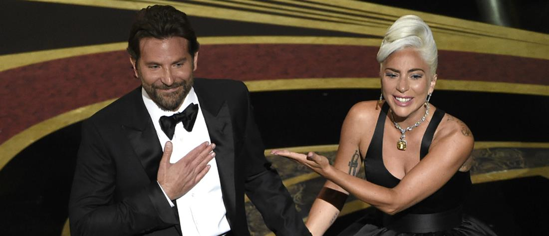 """Αποκάλυψη της Lady Gaga για το """"Shallow"""" και τον Μπράντλεϊ Κούπερ"""