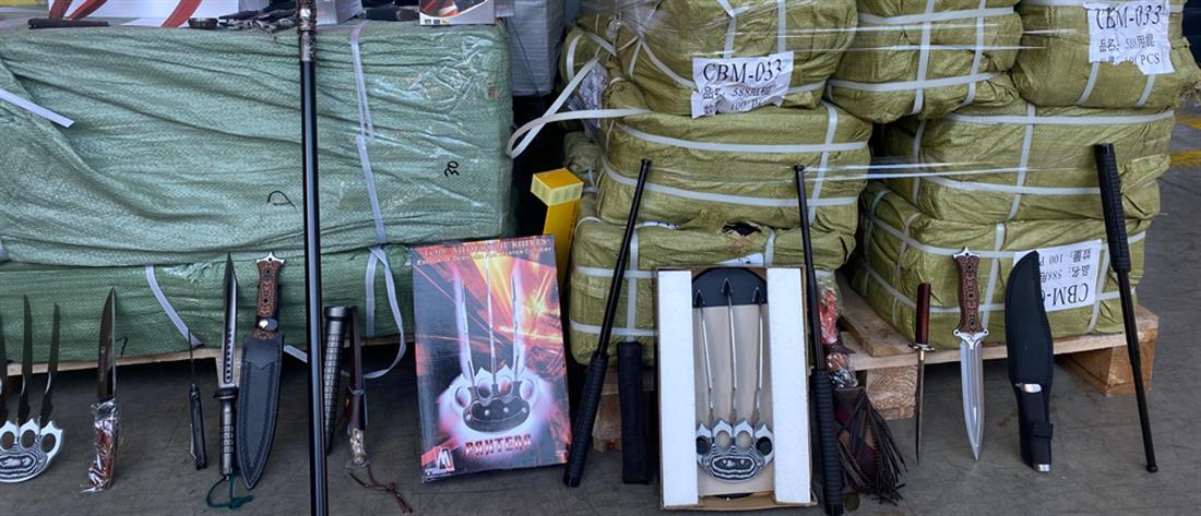 ΑΑΔΕ: Λαθραία όπλα σε κοντέινερ στον Πειραιά (εικόνες)