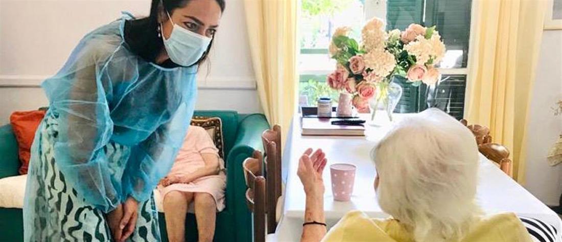 Κορονοϊός - Ελλάδα: γιαγιά 117 ετών έκανε το εμβόλιο