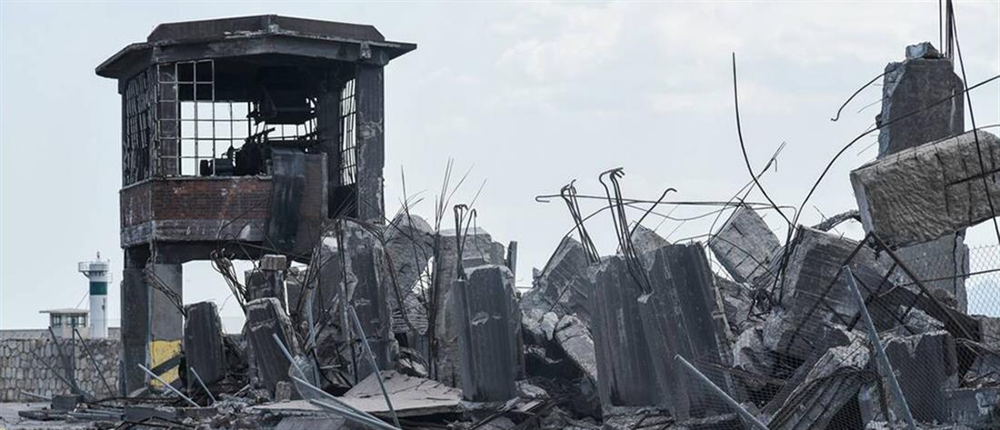 Κατέρρευσε ο ταινιόδρομος στο λιμάνι του Πειραιά (εικόνες)