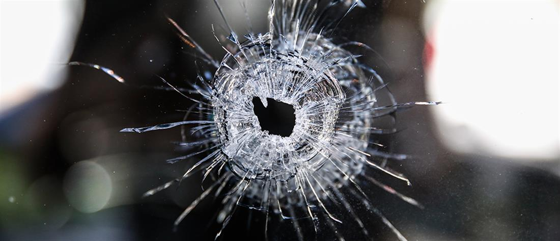 Μάθαινε την… 12χρονη κόρη του σκοποβολή και τραυμάτισε τον γείτονα!