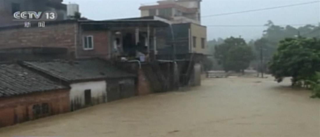 Κίνα: Εννέα άνθρωποι θάφτηκαν στην λάσπη