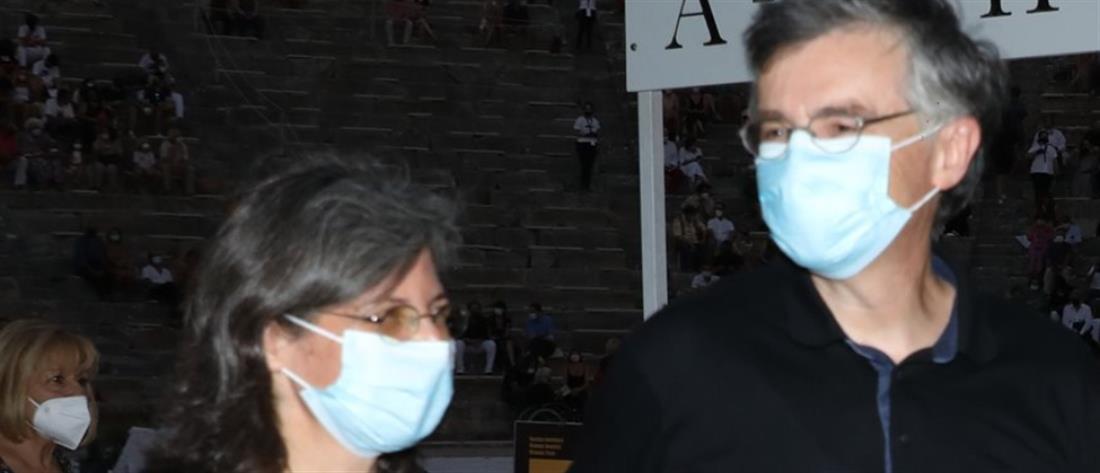 Σωτήρης Τσιόδρας: Σπάνια εμφάνιση με τη σύζυγό του