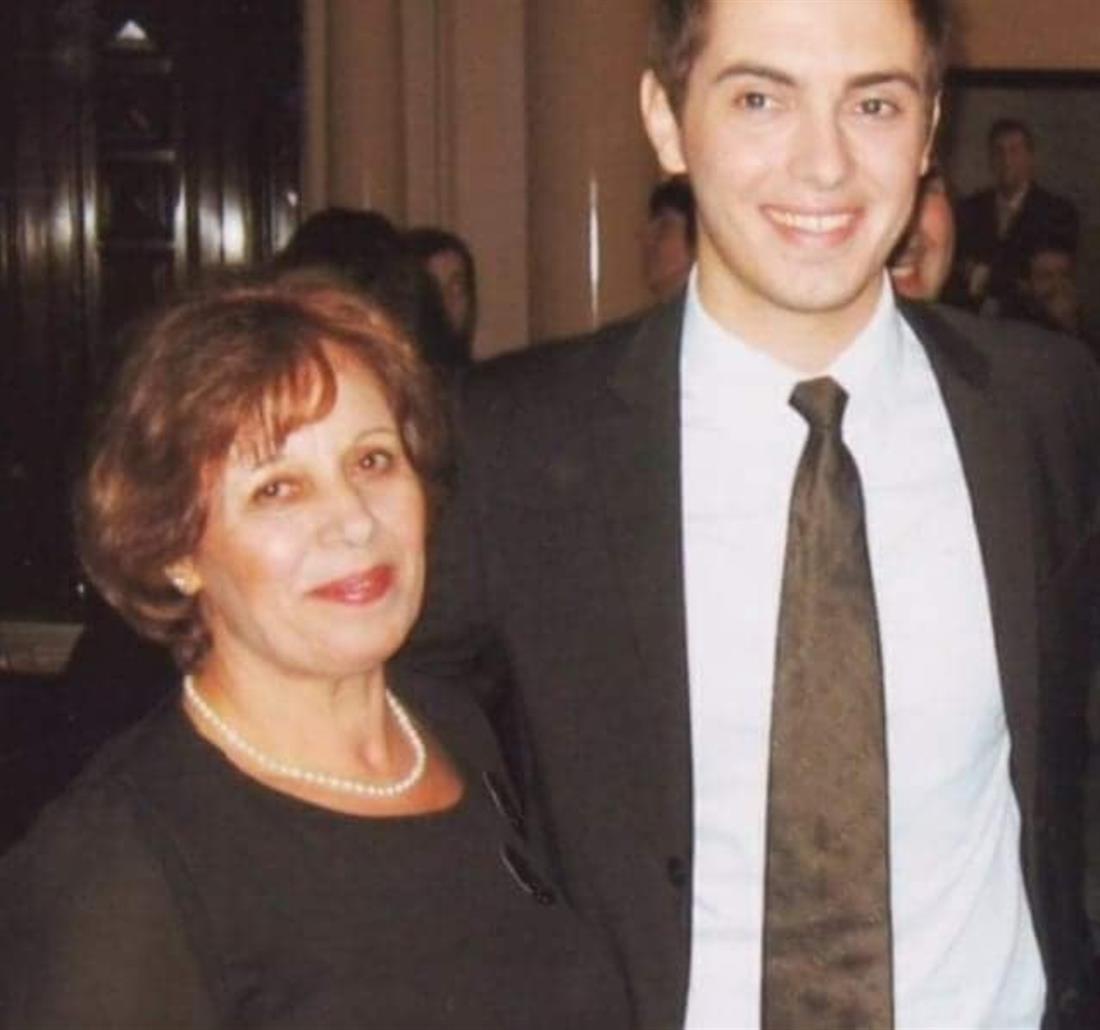 Χατζηγιάννης -Γιορτή της Μητέρας