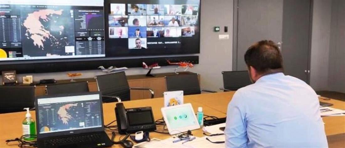 Κορονοϊός: Τηλεδιάσκεψη Χαρδαλιά με Περιφερειάρχες