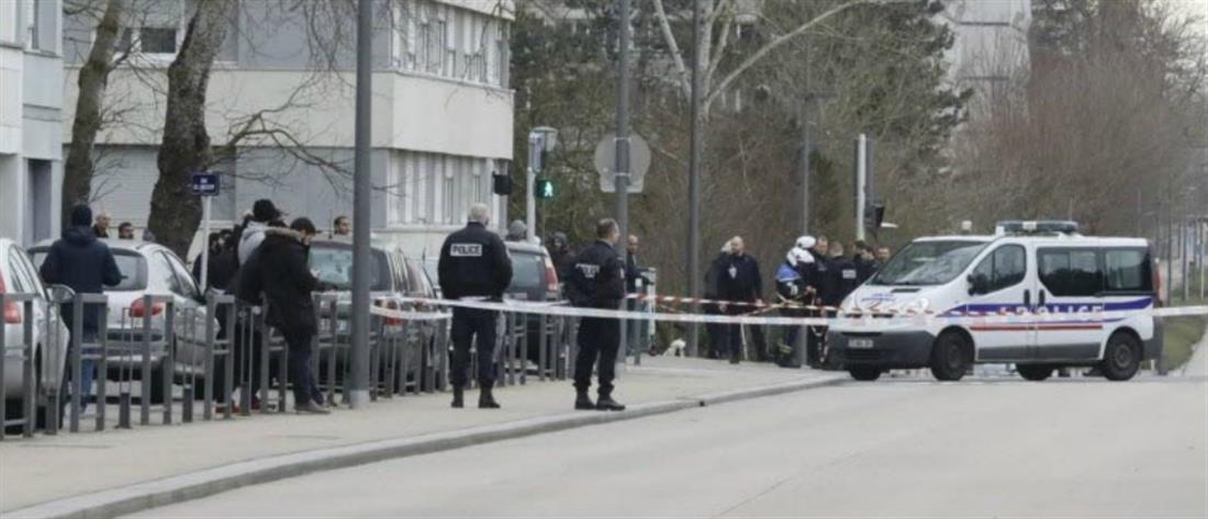 Επίθεση σε αστυνομικό τμήμα στη Γαλλία