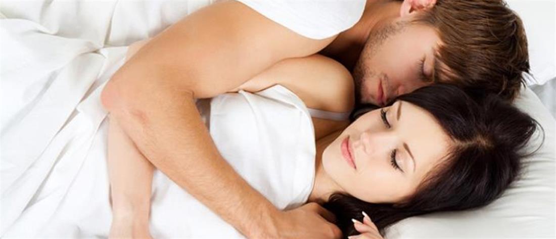 Τι παθαίνουν τα ζευγάρια που δεν κοιμούνται στο ίδιο κρεβάτι...