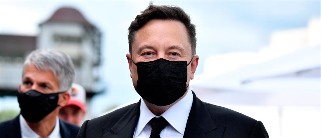 Ο Ίλον Μασκ δεν είναι πλέον ο πλουσιότερος άνθρωπος στον κόσμο
