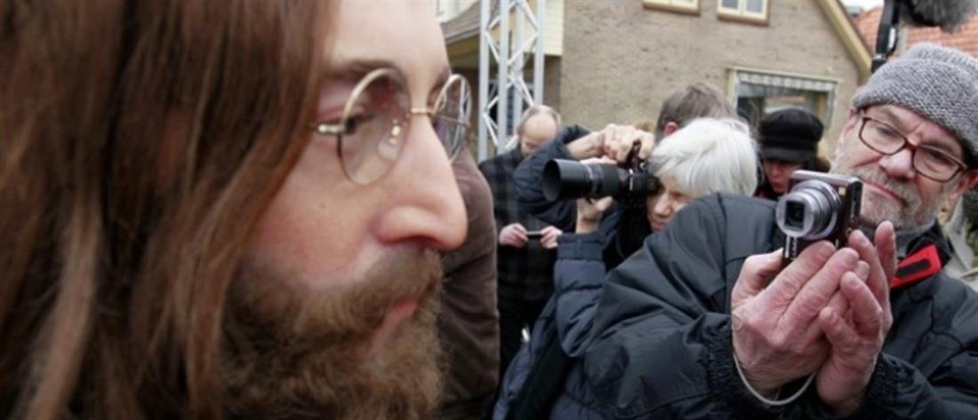 """Τζον Λένον - Γιόκο Όνο: Ακυκλοφόρητο βίντεο που κάνουν πρόβα του """"Give Peace a Chance"""""""