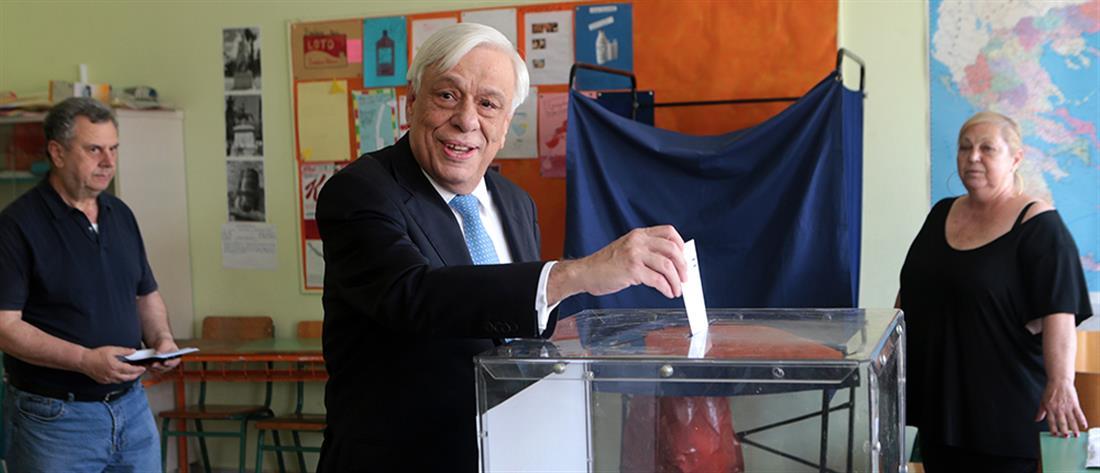 """Εκλογές 2019: """"Σιωπηρά"""" ψήφισε ο Προκόπης Παυλόπουλος"""