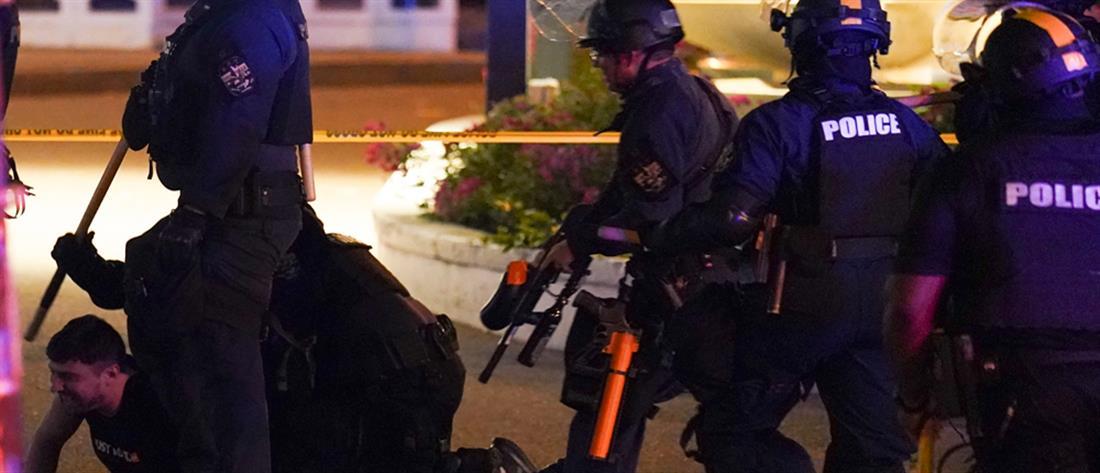 Δεύτερη νύκτα διαδηλώσεων στο Λούισβιλ (εικόνες)