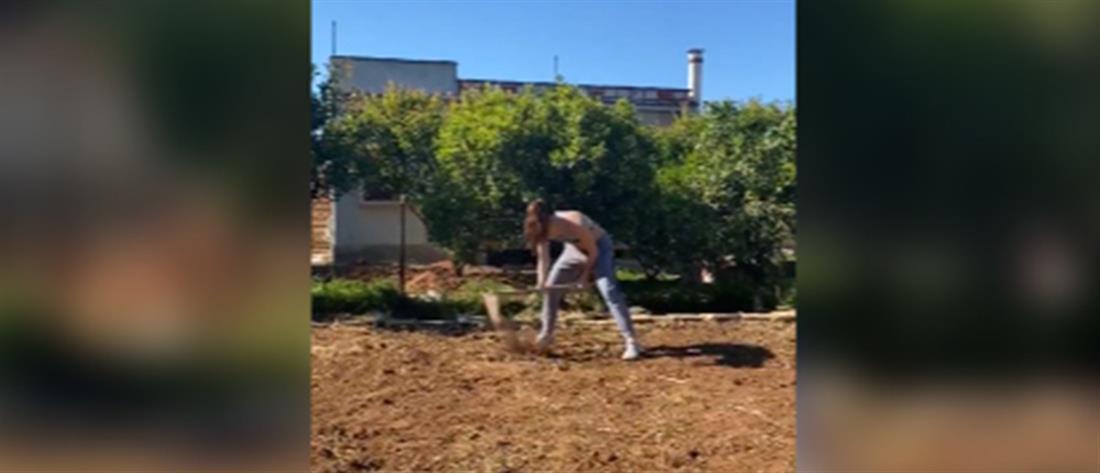 Κατερίνα Στεφανίδη: συνεχίζει την προπόνηση... σκάβοντας! (βίντεο)
