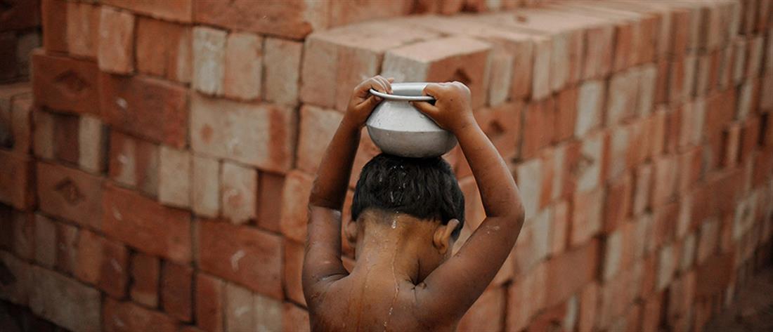 Παγκόσμια Ημέρα Κατά της Παιδικής Εργασίας: Ανήλικους επαίτες καταγράφει η ΑΡΣΙΣ
