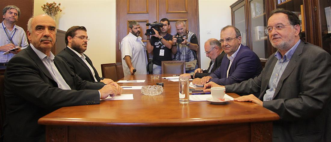 Συμβούλιο των Πολιτικών Αρχηγών ζητά ο Μεϊμαράκης
