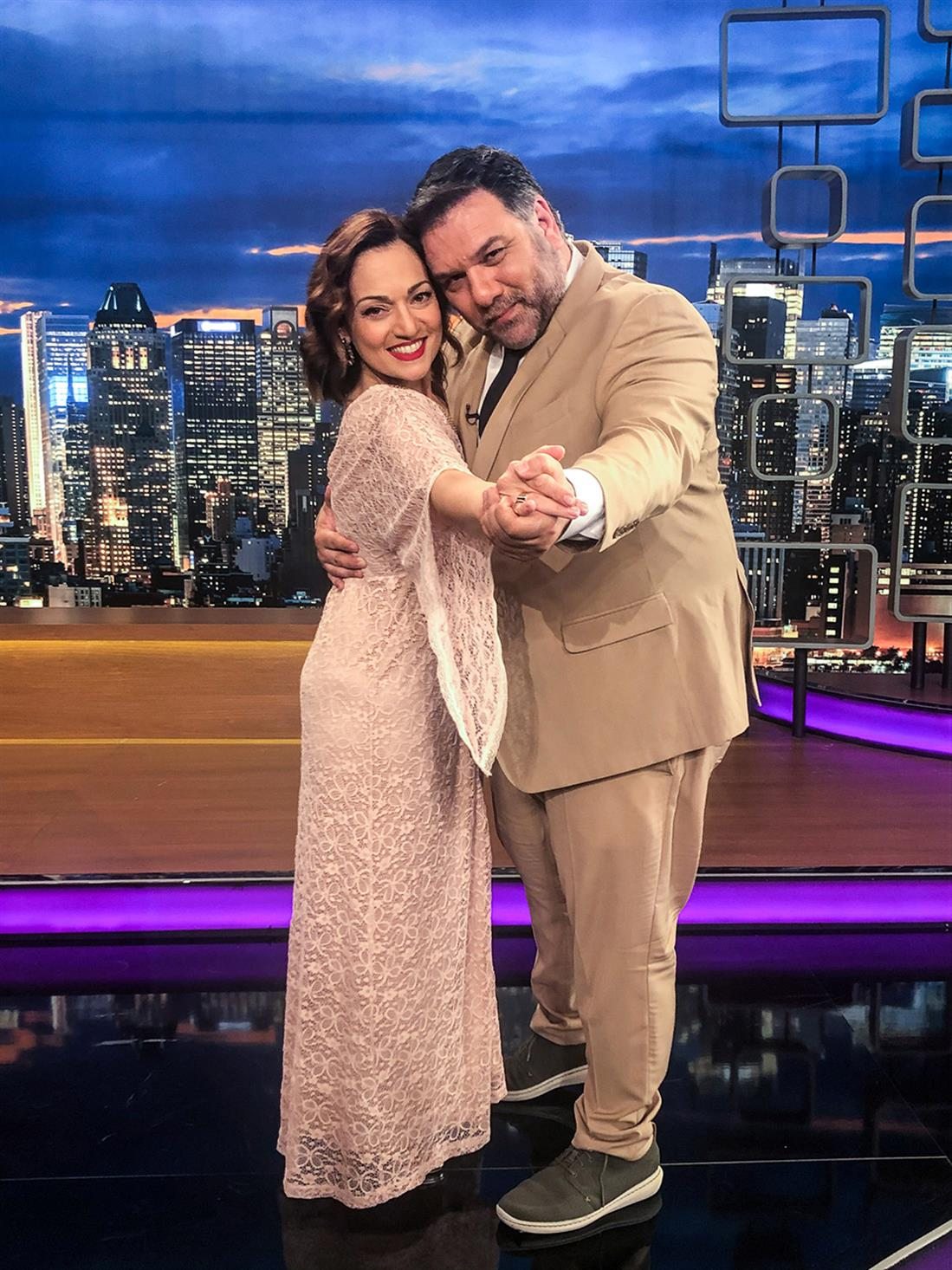 The 2Night Show - Γρηγόρης Αρναούτογλου - Ελένη Καρακάση