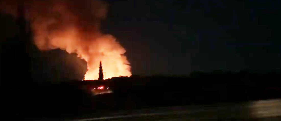 Μεγάλη φωτιά σε εργοστάσιο ανακύκλωσης (εικόνες)