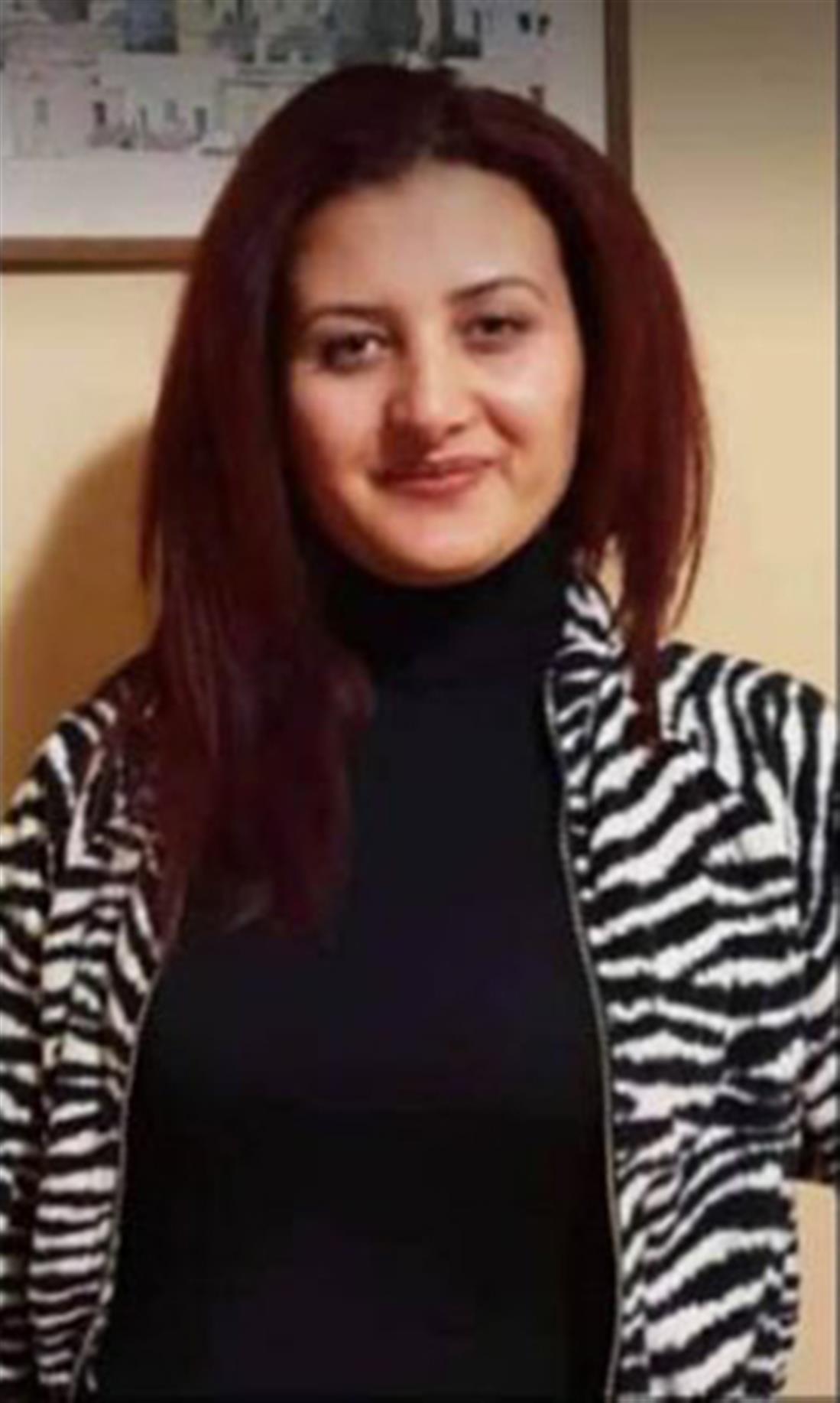 δολοφονία - Κούρδισσα μετανάστρια - Λαύριο