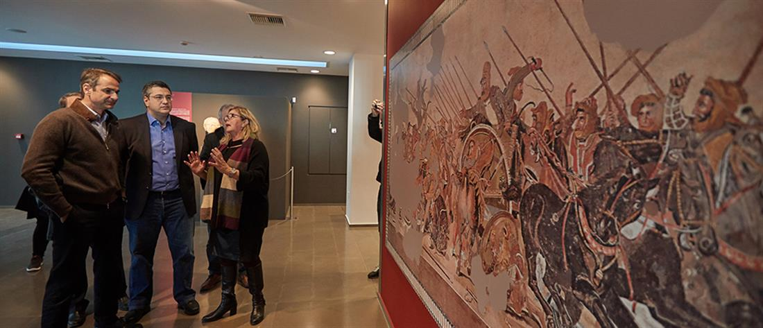Επίσκεψη Μητσοτάκη στο Αρχαιολογικό Μουσείο Πέλλας (φωτο)