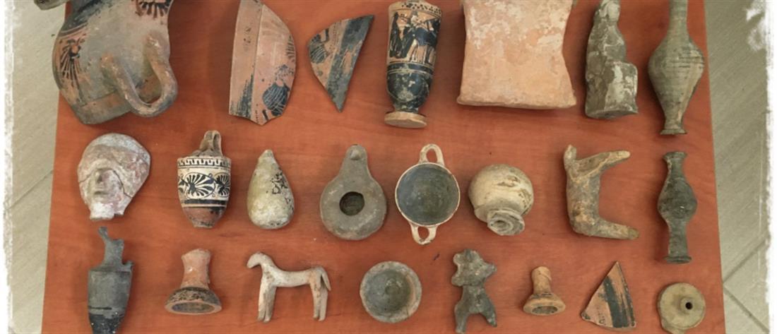 Έκανε το σπίτι του… μουσείο με λαθραία αρχαία αντικείμενα (εικόνες )